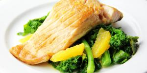 Filets de poisson, courgettes, brocoli