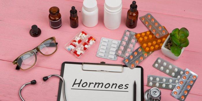 Traitements hormonaux : font-ils grossir ?
