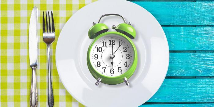 examen du régime alimentaire de 8 heures